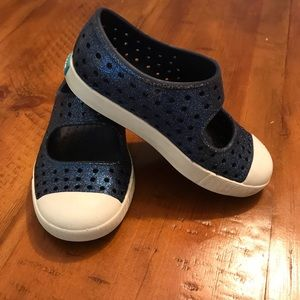 Native Juniper Bling Mary Janes Toddler Size 7